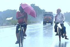 'रोनू' तूफान की चपेट में उड़ीसा, तटीय इलाकों में जमकर बारिश