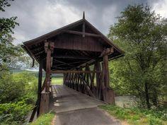 Drevený krytý most 1 - Lubo Cmorej
