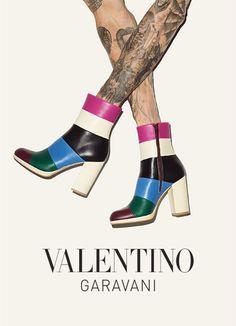 competitive price 0e3fe 65dbf Valentino Online Boutique US  apparel and accessories