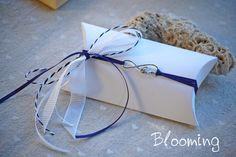 Μπομπονιερα κουτακι navy blue 044   Blooming Gift Wrapping, Gifts, Nice, Gift Wrapping Paper, Presents, Wrapping Gifts, Favors, Wrap Gifts, Gift