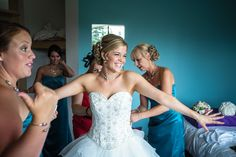 Documentary Wedding Photography, Professional Photographer, Documentaries, Wedding Photos, Contemporary, Wedding Dresses, Ideas, Fashion, Marriage Pictures