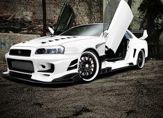 Nissan #Skyline #R-34 GT-R