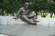 Albert, I Love You I Love You, Garden Sculpture, Explore, Outdoor Decor, Te Amo, Je T'aime, Love You, Exploring