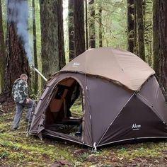 Bushcraft Camping, Camping Survival, Survival Prepping, Survival Gear, Survival Skills, Survival Quotes, Wilderness Survival, Emergency Preparedness, Survival Videos