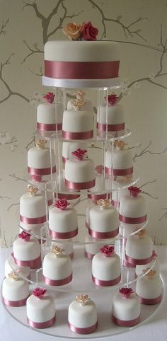 sarita miniature cakes and top tier by Sweet Tiers Cakes (Hester), via Flickr