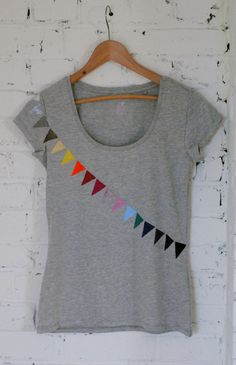 DIY T-shirt Fanions multicolores, customisation textile, peinture textile / DIY Tshirt multicolor flags