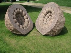 Peter Randell- I found this sculpture very interpreting and amusing. I think this because of the action that it has suggested, as it suggests that a simple rock has been perfectly cracked open and somehow contains a beautiful and intricate inside. Abstract Sculpture, Sculpture Art, Organic Sculpture, Stone Sculptures, Peter Randall Page, Contemporary Sculpture, Ancient Aliens, Environmental Art, Back To Nature