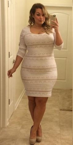 Laura Lee - Sexy Plus Size Model.....I like her dress.