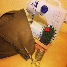 Cogiendo bajos de pantalones