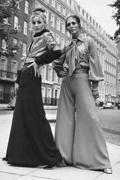 34 amazing photos of what street style looked like from the '40s to the '70s: