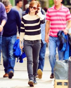 Incredible Street Style Looks from Emma Watson: Casual