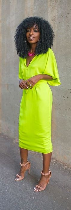 Not really one for bright colored dresses buy I really love this one for some reason <3
