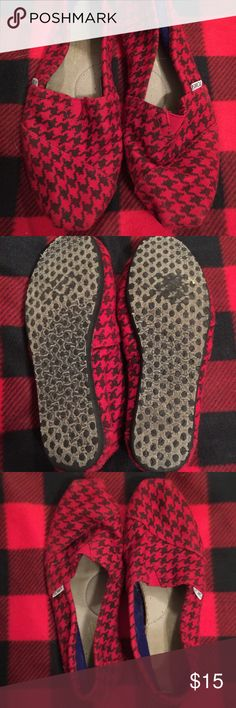 TOMS size 10 Red and black TOMS Size 10 too big for me TOMS Shoes Flats & Loafers
