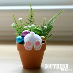 easter decorations 827395762779330300 - Unique Easter Gift Ideas – Handmade Curious Bunny Pots – Budget Friendly Homemade Easter Crafts Source by Easy Easter Crafts, Easter Projects, Bunny Crafts, Easter Crafts For Kids, Easter Gift, Craft Projects, Easter Bunny, Sewing Projects, Easter Eggs