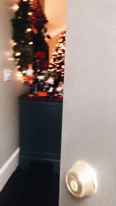 christmas mood Christmas time, holiday season vsco is for the girls Christmas Feeling, Christmas Time Is Here, Merry Little Christmas, Cozy Christmas, Christmas 2019, White Christmas, Christmas Holidays, Christmas Decorations, Christmas Girls
