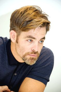 """mcavoys: """" Chris Pine at the 'Star Trek Beyond' Press Conference at the Four Seasons Hotel on July 2016 in Beverly Hills, California. Goatee Styles, Beard Styles For Men, Hair And Beard Styles, French Beard Styles, French Cut Beard, Van Dyke Beard, Bart Styles, Goatee Beard, Medium Hair Cuts"""