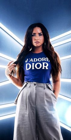 Image discovered by ᏒᎪᏒᎬ. Find images and videos about demi lovato on We Heart It - the app to get lost in what you love. Demi Lovato Body, Demi Lovato Style, Camp Rock, Celebrity List, Celebrity Style, Glee, Kristin Cavallari Hair, Demi Lovato Albums, Amy Winehouse