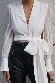 Leonie Lace Up Bow Top- White - moda Trend Fashion, Look Fashion, Womens Fashion, Fashion Ideas, Fashion Inspiration, Spring Fashion, Fashion Tips, Mode Outfits, Trendy Outfits