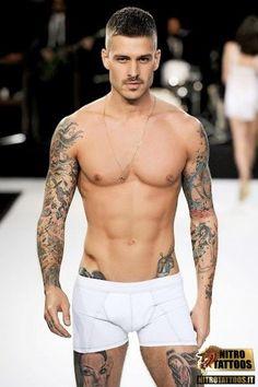 foto tatuaggi maschili #tatuaggi #tatuaggio #tattoos #tattoo #nitrotattoos