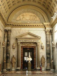 11822 - Vatican - Chiaramonti Museum
