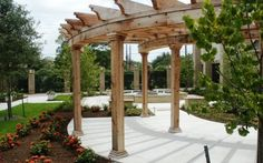 Wood Crafters portfolio of custom designed and built patio covers, pergolas and arbors in the Houston, Texas area.