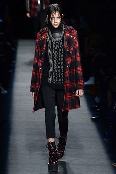 Alexander Wang Fall 2015 RTW Wang's last collection is so awesome! Especially the shoes *^*