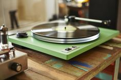 Enjoy your vinyl in a new way with the u-Turn Orbit Plus Modern Turntable. It features an acrylic platter to provide consistent speed. Retro Record Player, Record Players, Hipster Apartment, U Turn, Home Studio Music, Phonograph, Record Collection, Turntable, Vinyl Records