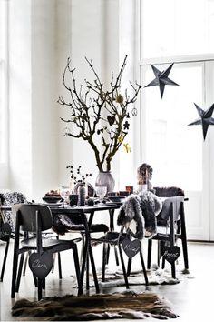 The black Christmas table #Christmas #black #Holiday #decor
