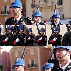 #Rocher 衛兵交代式♡ #モナコ公国 #モナコ #衛兵交代式 #南仏 #cotedazur #monaco #montecarlo #principautédemonaco #大公宮殿 #relevedelagarde by __abricot__ from #Montecarlo #Monaco