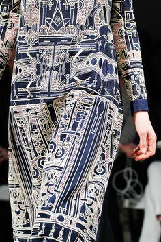 Blue pattern | Mary Katrantzou | Fall 2014 Ready-to-Wear Collection | Style.com