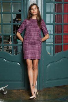 Платье широкое, прямое, твид, фуксия Fashion Confession