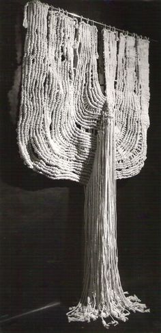 Aurèlia Muñoz [Spanish artist, 1926-2011] | Macra Ocell [Macramé, 1970]