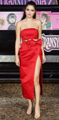 Look of the Day - Selena Gomez Style