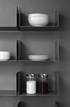 Floating shelves are an outcome of the modern and advance furniture and shelving design with a one basic purpose, to help you create modern Bookcase Shelves, Metal Shelves, Wall Shelves, Floating Shelves, Steel Shelving, Floating Wall, Shelf Design, Küchen Design, Shelving Design