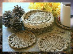 Posavasos y cesta tejidos a crochet con cuerda de yute