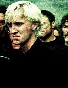 """""""Tôi thật sự có tính cách không giống Draco Malfoy một chút nào. Tôi là một chàng trai hiền lành"""" - Tom Felton ( đóng vai Draco Malfoy ) A hiền chứ mặt a chả khác gì đại ca =]]"""