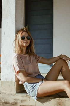 easy summer outfit with denim shorts