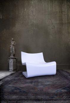 L-Lounge by Karim Mekhtigian.