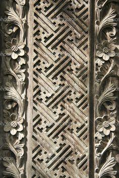 depositphotos_2819057-Balinese-wood-carving.jpg (682×1023)