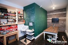 restaurants-bars--v1741105-36-720.jpg 720×480 pixels