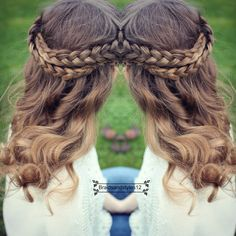 A quck and simple 3 minute braided hairstyle perfect for any special occasion.  #braids #frenchbraid #halobraid