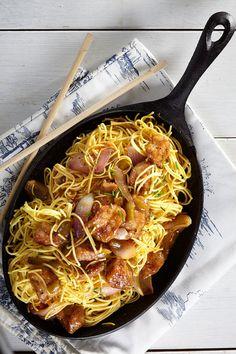 Για το χοιρινό σετσουάν θα χρειαστούμε ένα εικοσάλεπτο για την προετοιμασία του και άλλο ένα για το μαγείρεμα Asian Cooking, Cooking Time, Cooking Recipes, Tasty Videos, Asian Recipes, Ethnic Recipes, Spring Rolls, Japchae, Sushi