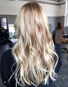 The most beautiful haircuts and hairstyles for blonde hair with strands O cabelo acobreado está Spring Hairstyles, Unique Hairstyles, Male Hairstyles, Blonde Hairstyles, Popular Hairstyles, Blonde Color, Balayage Hair, Hair Looks, Hair Trends