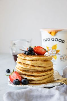 Greek Yogurt Pancakes that are SO easy to make! 😍 Made w/ @twogoodyogurt, which adds a creamy texture to the pancake batter as well as added protein. This recipe is one that you'll want to keep on repeat! #twogoodambassador Pancake Recipe Ingredients, Pancake Recipe With Yogurt, Greek Yogurt Pancakes, Greek Yogurt Recipes, Tasty Pancakes, Lemon Recipes, Sweets Recipes, Easy Recipes, Healthy Breads