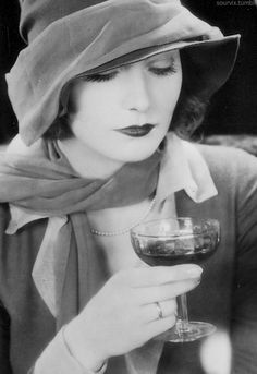 Greta Garbo (22) - 1927 - @~ Mlle