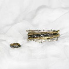 Nowa kolekcja bransoletek  Bransoletki # pierścienie # srebrne # mosiądz # forwomen # lato # moda # samkow # annasamkow # projektant # biżuteria # pierścionki # bransoletki # moda # nowakolekcja Druzy Ring, Gifts For Women, Gold Rings, Anna, Wedding Rings, Rose Gold, Engagement Rings, Jewelry, Instagram