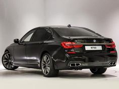 BMW 7 SERIES SALOON M760Li xDrive V12 4dr Auto 6.6 - Gallery additional image 2