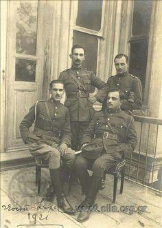 ESKİŞEHİR-1921-YUNAN SUBAYLARI Istanbul, History, Painting, Historia, Painting Art, Paintings, Painted Canvas, Drawings