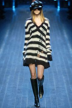 Christian Dior Fall 2005 Ready-to-Wear Fashion Show - Caroline Trentini (Elite)
