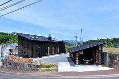日本の伝統的な建築手法を取り入れた古民家風の外観の住宅のアイディアをご紹介します。どうすれば新しくも懐かしい雰囲気が出せ…